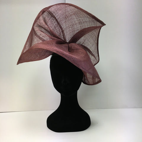 simplistic, pink, hat, headpiece, races, ascot, epsom, wedding