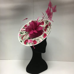 hat hire, fascinators for hire, fascinators, pink and white headpiece, hat hire epsom, cheap hat hire