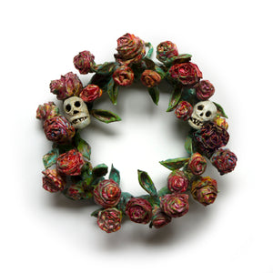 rose red's wreath of roses and skulls sculpture