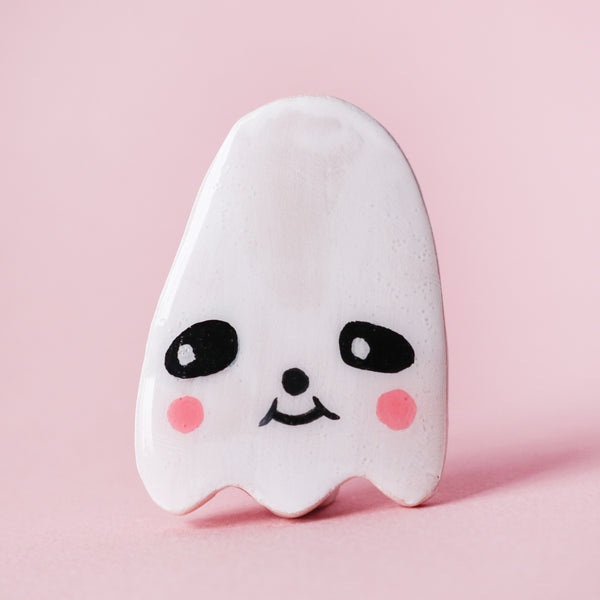 Ghostie Brooch - Shy Sherri