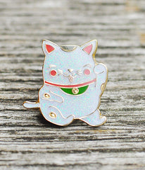 Lucky Maneki Lapel Pin (white sparkle)