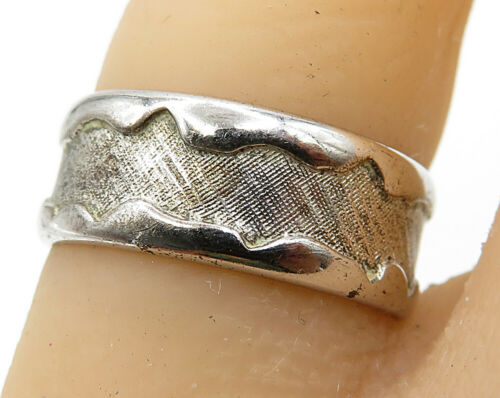 BEAU 925 Sterling Silver - Vintage Modest Titanium Band Ring Sz 6 - R4495