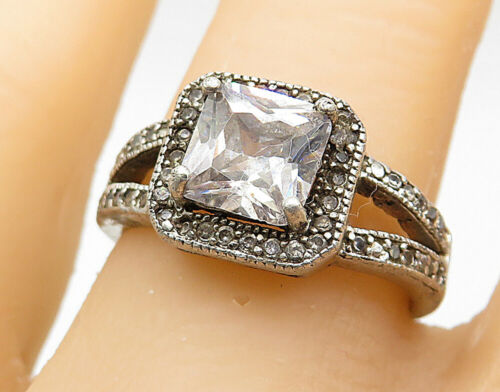 925 Silver - Vintage Topaz Solitaire With Accents Split Band Ring Sz 8 - R7388