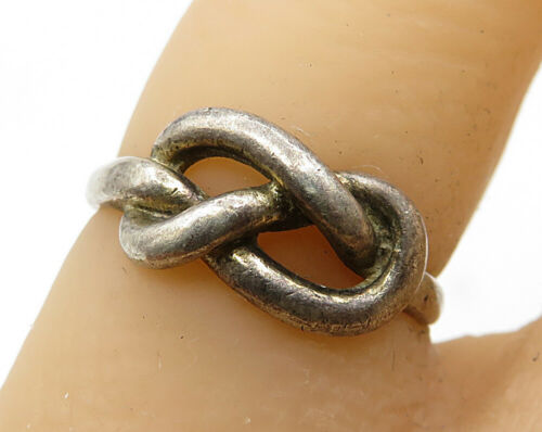 925 Sterling Silver - Vintage Knot Detail Band Ring Sz 4.5 - R3647