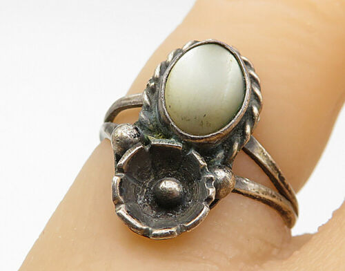 925 Silver - Vintage Opal Twist Detail Split Band Cocktail Ring Sz 5 - R7313