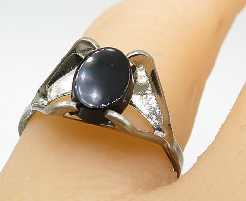 925 Sterling Silver - Vintage Black Onyx Split Shank Solitaire Ring Sz 8 - R9022