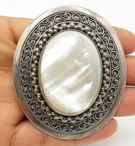 BALI 925 Silver - Vintage Large Mother Of Pearl Swirl Border Brooch Pin - BP3173