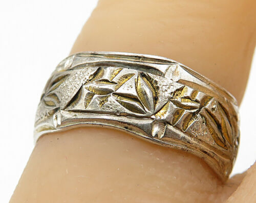 18K Gold & 925 Silver - Vintage Floral Etched Band Ring Sz 6 - R5455