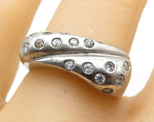 925 Sterling Silver - Vintage Dotted Cubic Zirconia Square Band Ring Sz 8- R6918