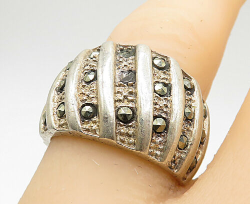 925 Sterling Silver - Vintage Marcasite Slanted Lines Band Ring Sz 7 - R8752