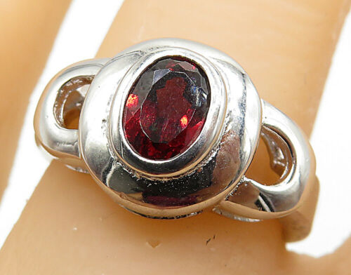 925 Sterling Silver - Oval Garnet Inlay Open Design Solitaire Ring Sz 7 - R7355
