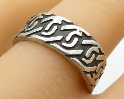 925 Sterling Silver - Vintage Faux Chain Link Detail Band Ring - R2135