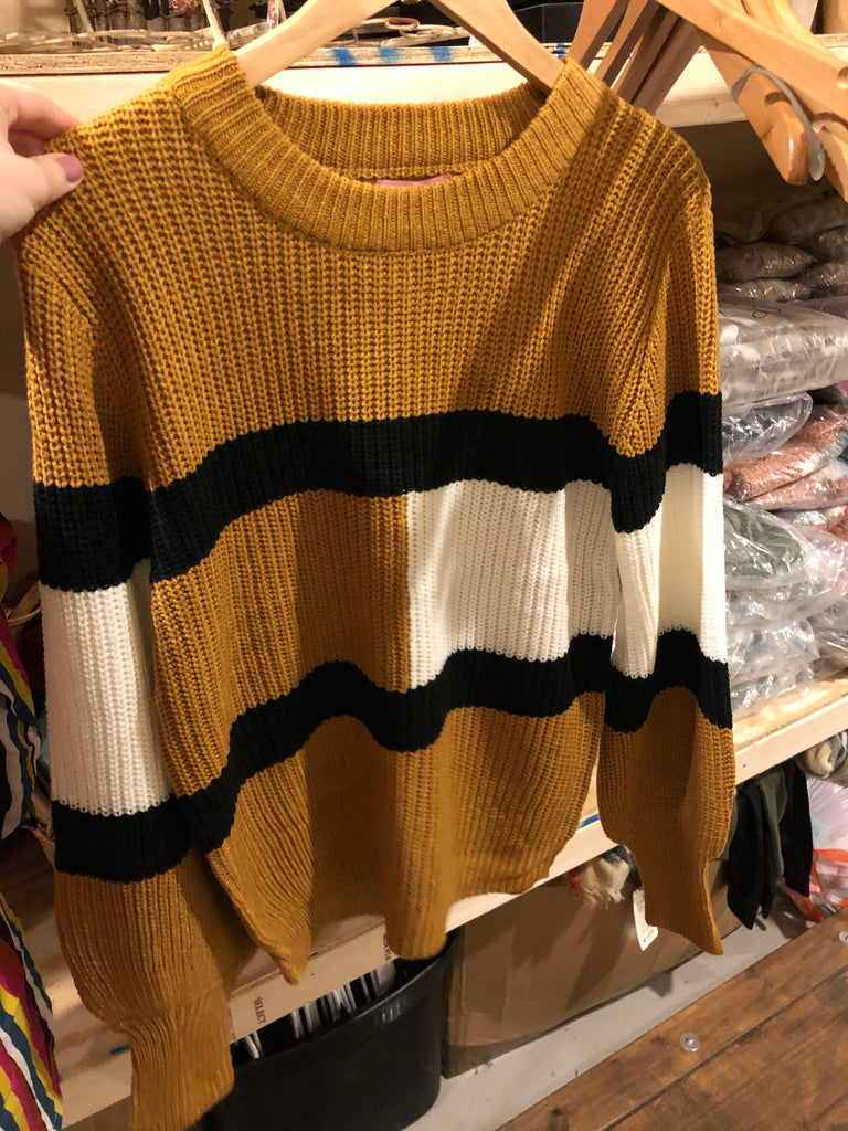 Tan Andree sweater with white color block