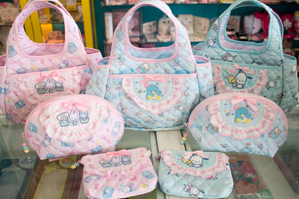 These Sanrio Foldable Packing Cubes are perfect to hold your toiletries  when traveling. Available in My Melody efd8563677bd8