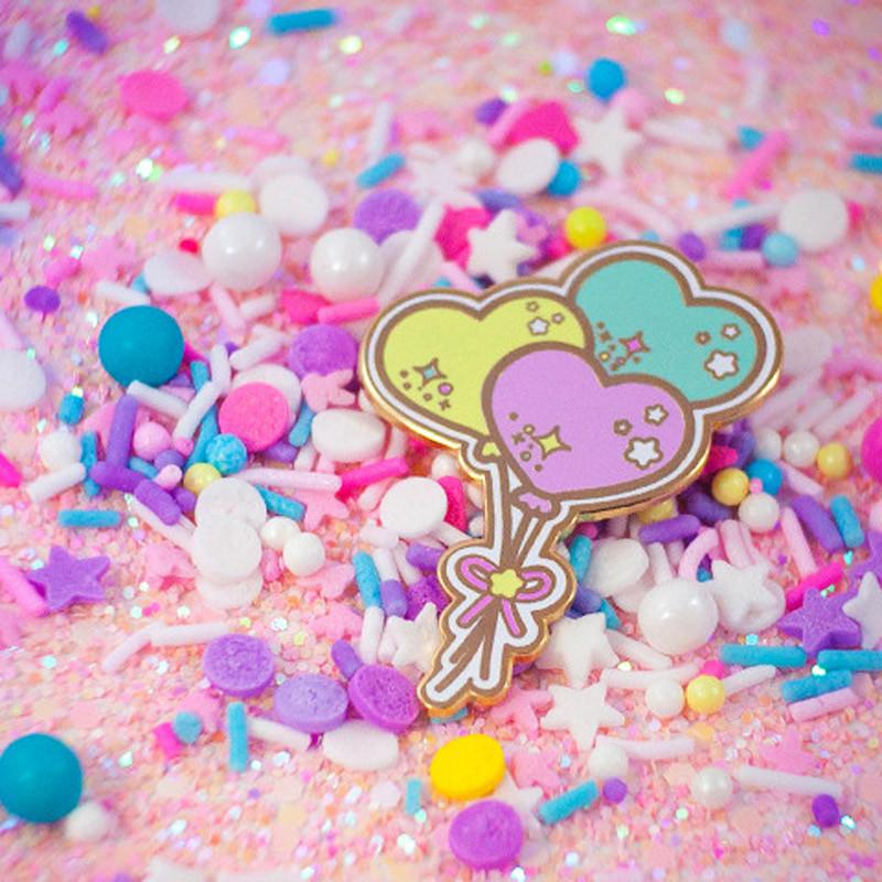 Lovely Lifting Balloons Pin