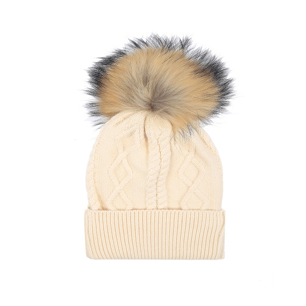 Pom Diamond Patterned Hat