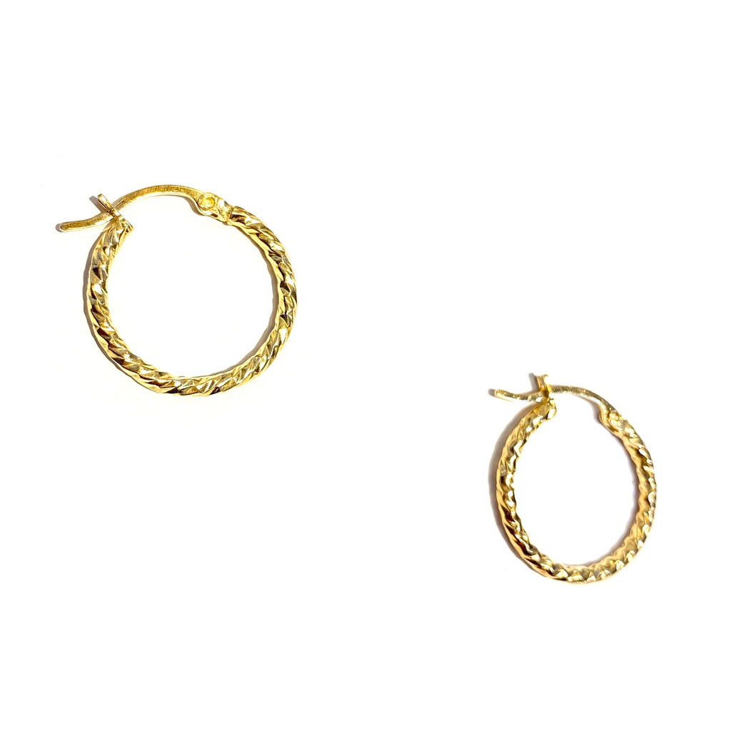 "Gold Diamond Twist Clasp 0.75"" Hoop"