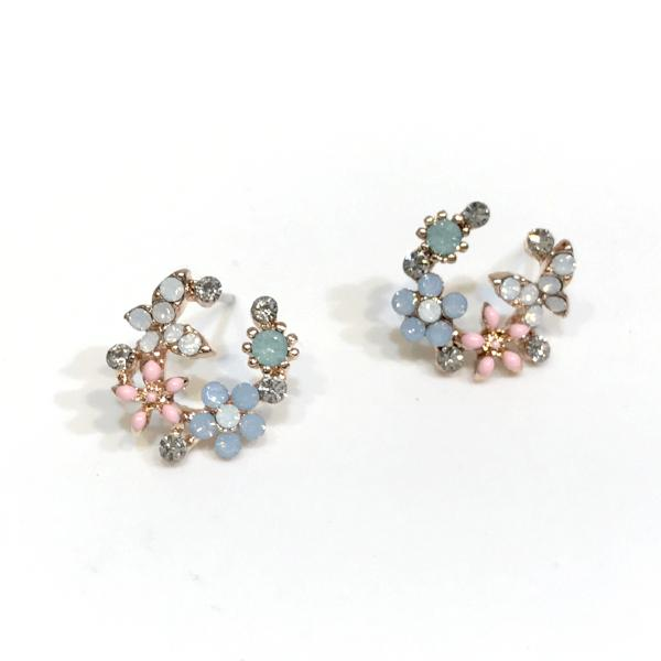Kory Flower Wreath Studs