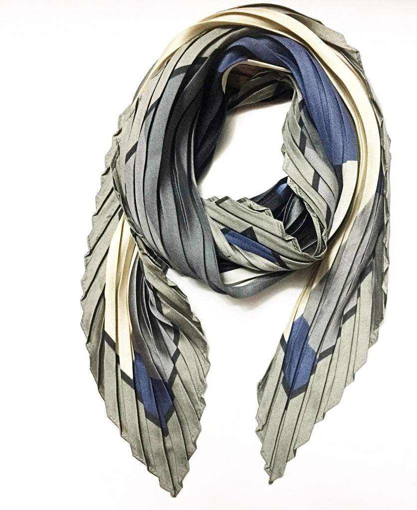 Pleated Scarf- Abstract Pattern