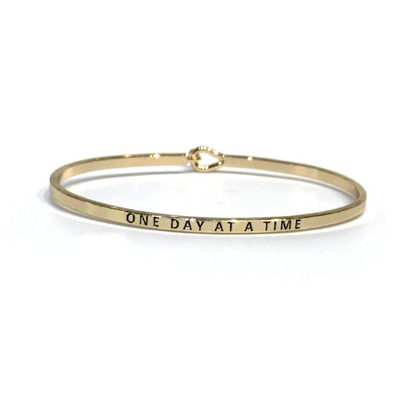 Mantra Bangle 'One Day At A Time'