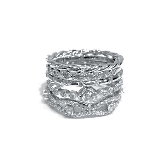 Noelia Wave Ring Stack