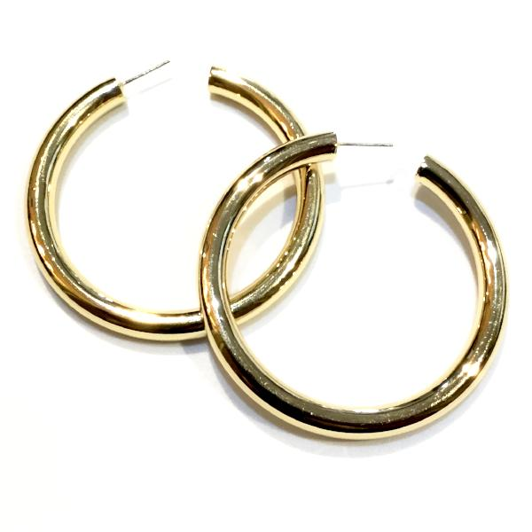 "Hollow Thick Hoops 1.8"" Large"