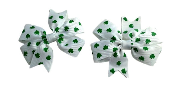 Lucky Duck Clover Bow Set