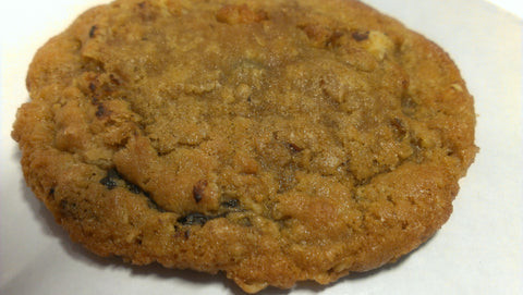 Chocolate Chip Hazelnut Cookie / 4-count