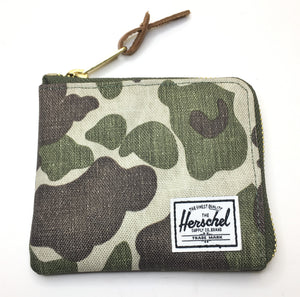 Cartera Herschel Johnny