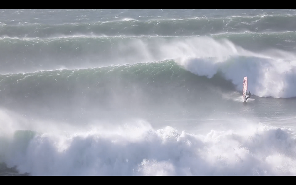 Watch Thomas Traversa and Friends Ripping Up Portugal!
