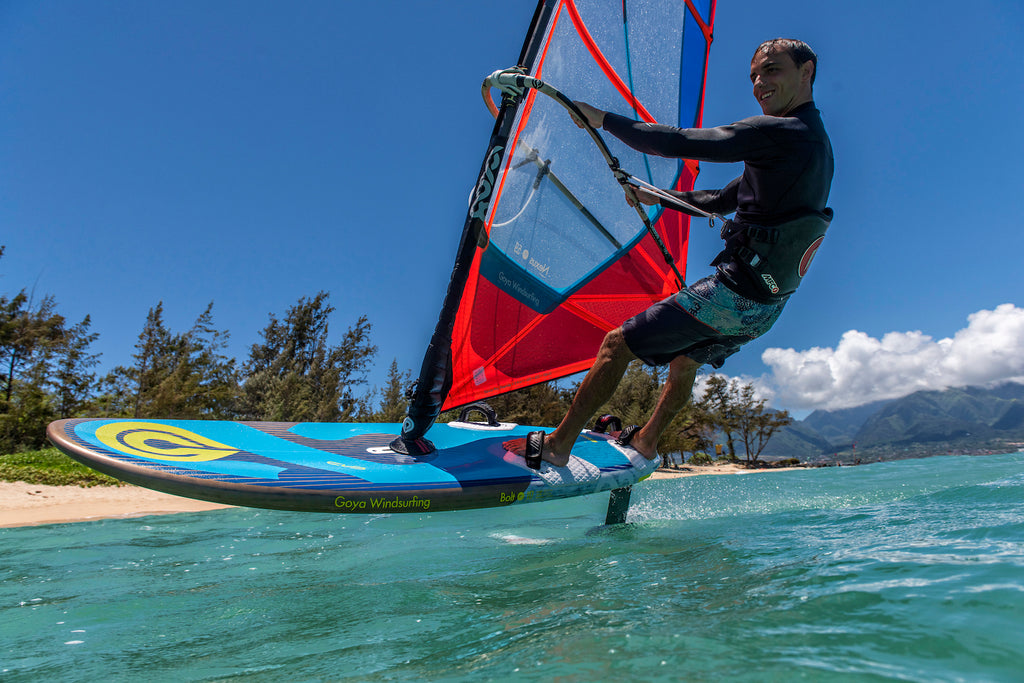 Foiling the 2020 Goya Bolt Windsurfing Board