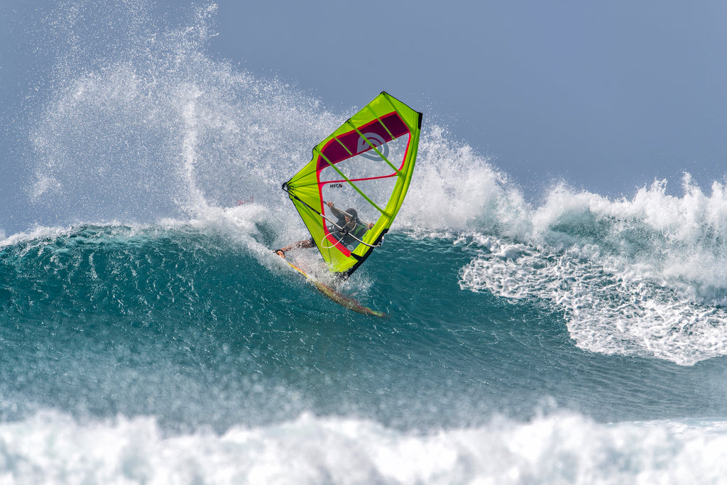 Hit the Lip on the 2020 Goya Custom 4 Quad Fin Windsurfing Board