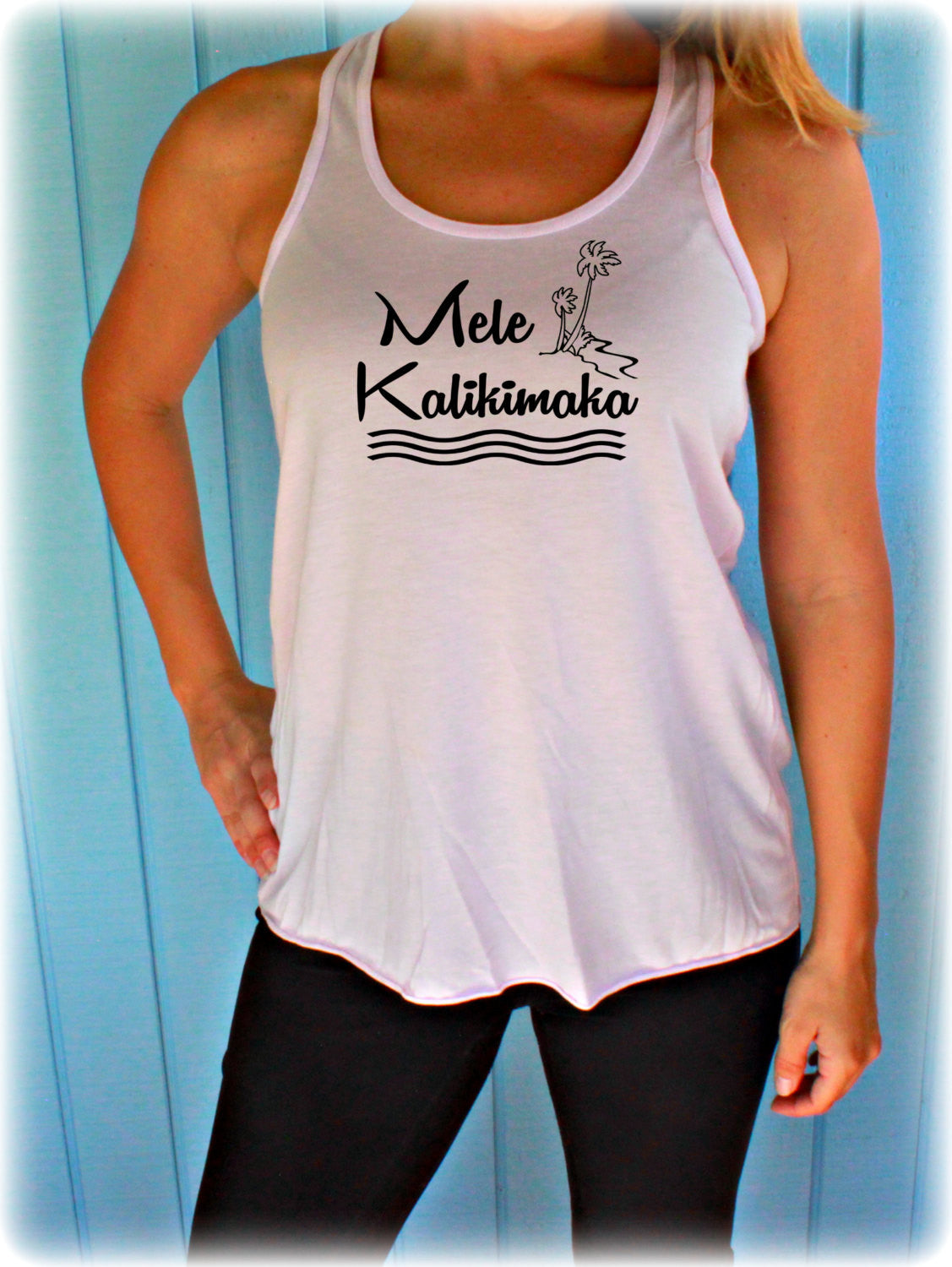 Christmas Shirt. Flowy Tank Top. Mele Kalikimaka. Beach Design. Womens Clothing. Christmas Gift. Holiday Shirt.