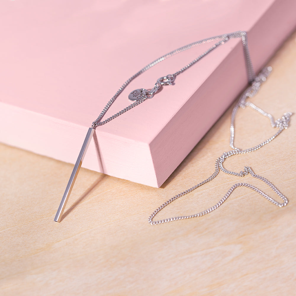 Cut to the Chase Necklace Silver