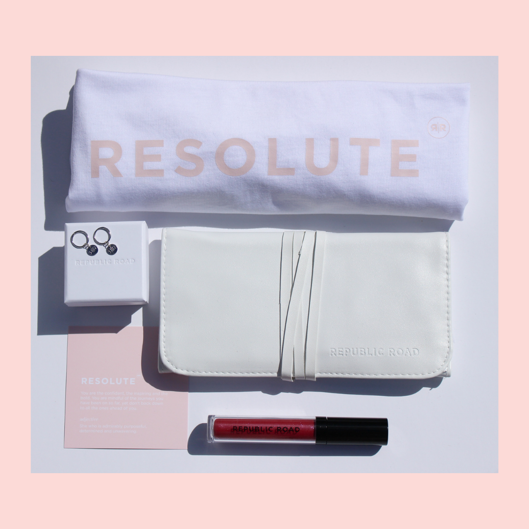 Muse Capsule Edit -Resolute with Silver Sleepers