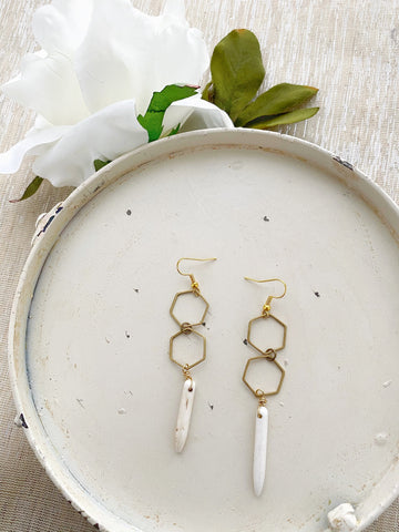 8745JE - Ivory Earrings