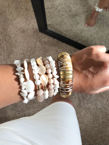 8316JB - White Shell Wrap Bracelet