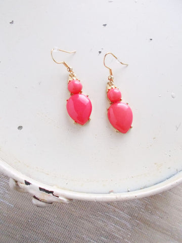 (No. 8073JE) - Hot Pink and Gold Earrings