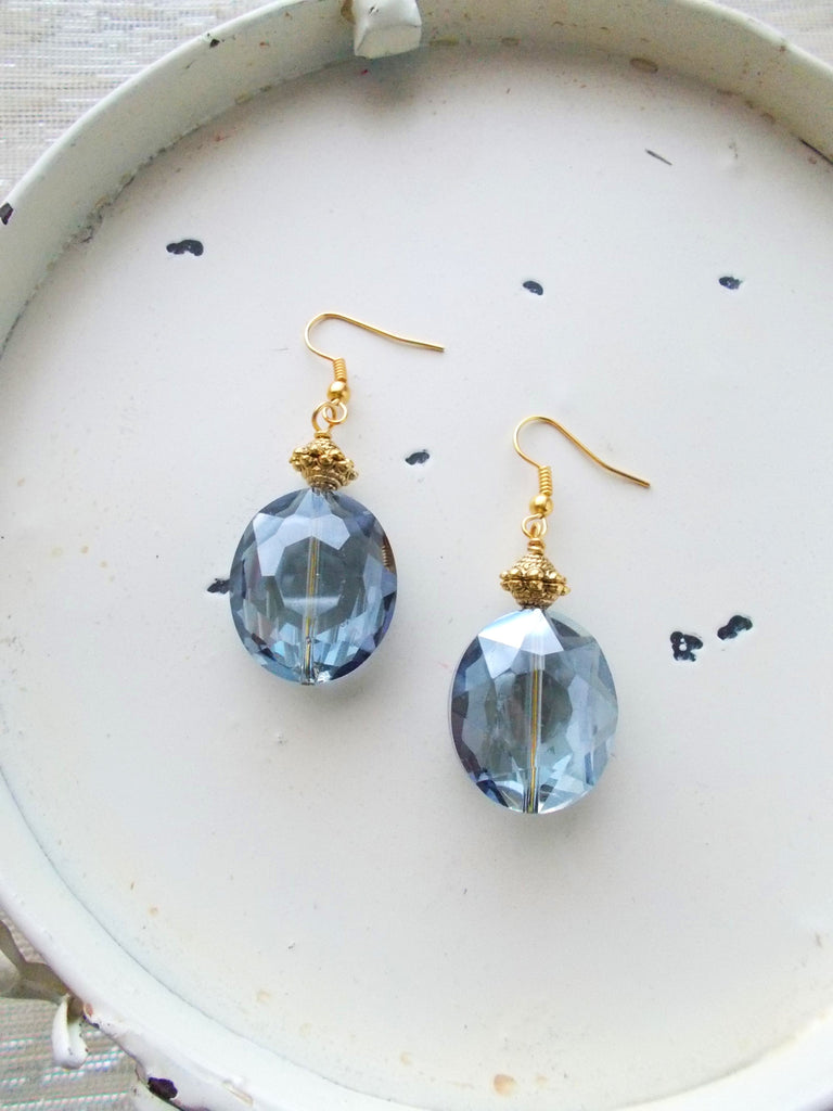 (No. 8686JE.a) - Dew Drop Earrings, in Blue