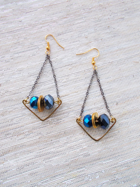 8687JE.a - Rainstorm Earrings in Blue