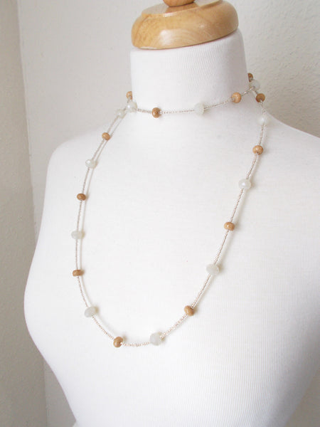 8722JN - Dusk Necklace in Tan