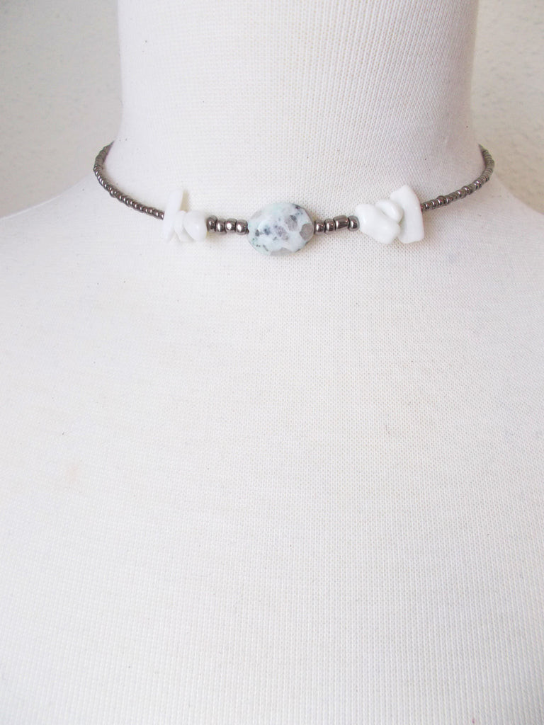 8726JN.b - Shadow Choker in Mint