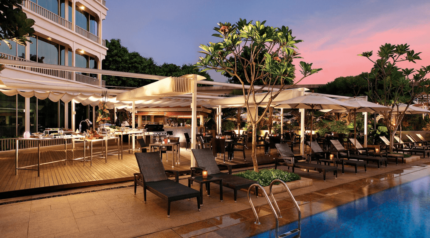 20 Top Spots for Alfresco Dining in Singapore