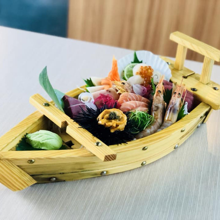 7 Kinds Sashimi Boat ($39.80)