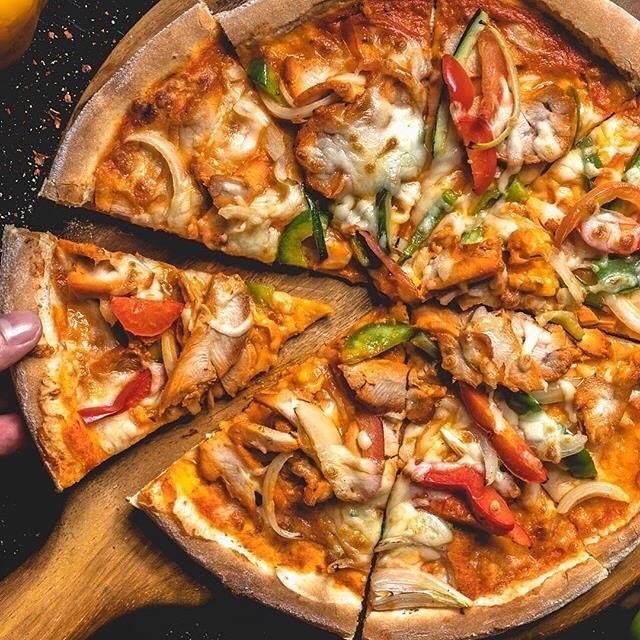 Chicken Tikka Pizza ($24)