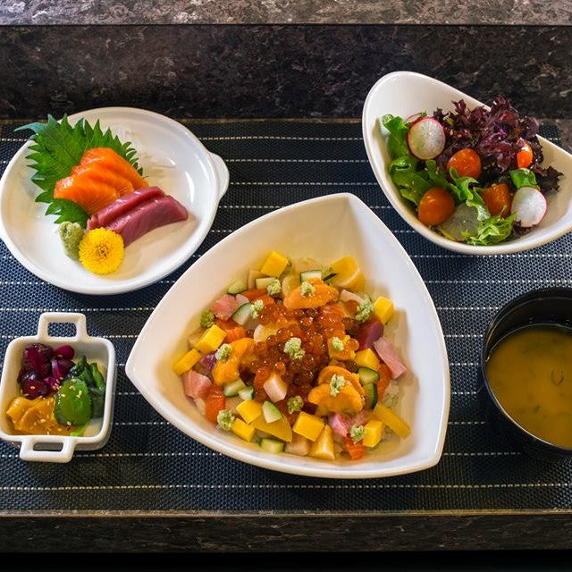 Chirashi Lunch Set ($35)