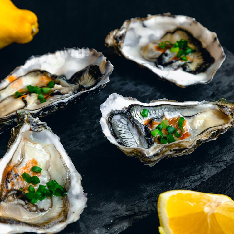 Freshly Shucked Oyster ($4/pc)