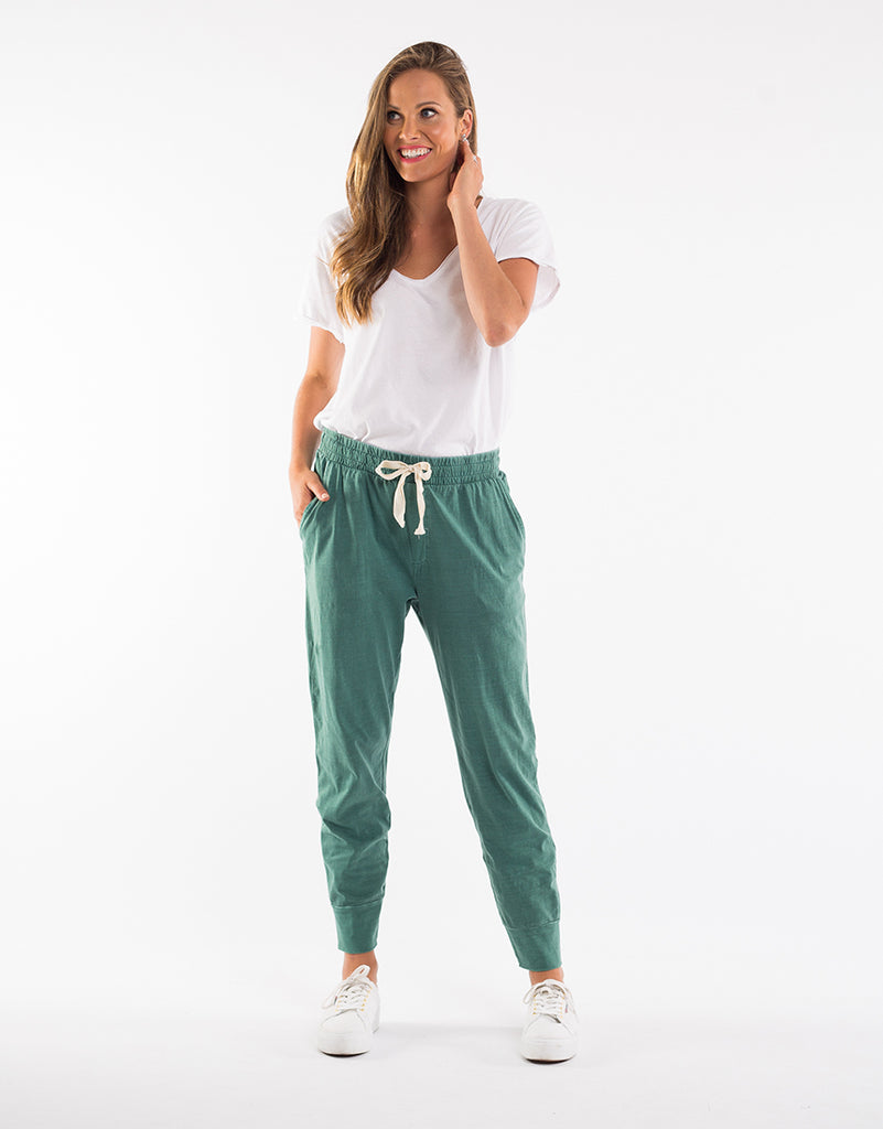 WASH OUT LOUNGE PANT || GREEN