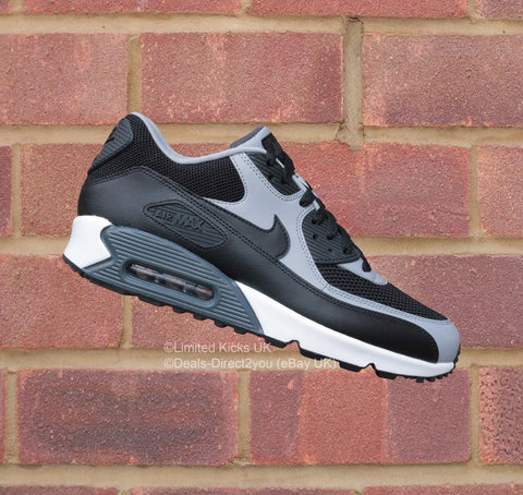 Nike Air Max 90 Essential - Black/Wolf Grey/White
