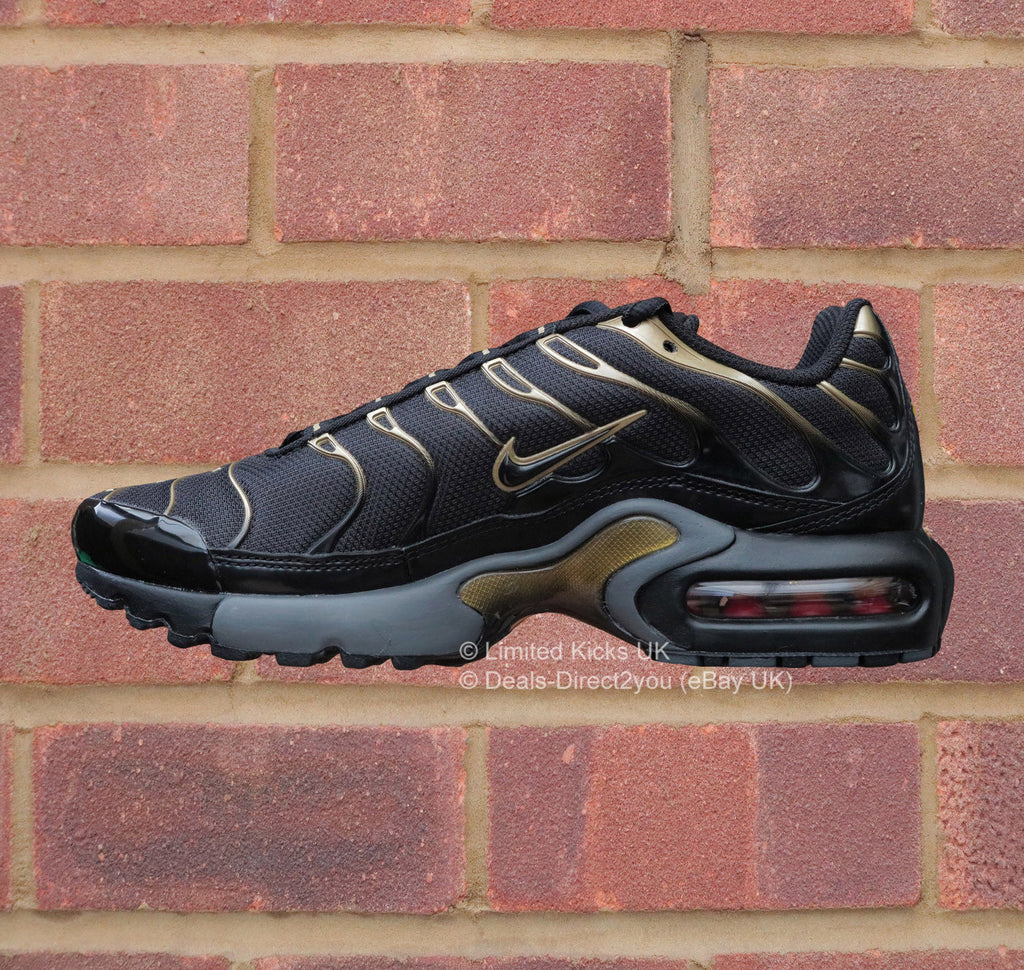 outlet store 6911a 3ab00 ... Nike Air Max Plus TNTuned 1 (GS) - BlackMetallic Gold ...